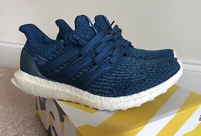 8621485460a03 Men s Adidas Ultra Boost 3.0 Parley Oceans Size 8.5 BB4762 Night Navy Blue  Used