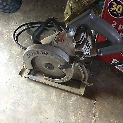 """Skilsaw SPT77WML-22 7-1/4"""" MAG Light Worm Drive Circular Saw with Blade"""