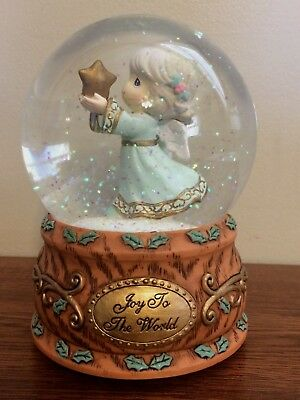 """2012 ENESCO PRECIOUS MOMENTS Musical SNOW GLOBE  """"SHARE THE GIFT OF LOVE""""  NEW"""