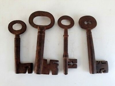 1850's Antique Vintage Old Rare Heavy Lot Of 4 Skeleton Barrel Iron Padlock Keys