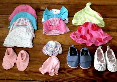 "Lot Of 13 Baby Girl Hats, scratch mittens & shoes ""adorable"""