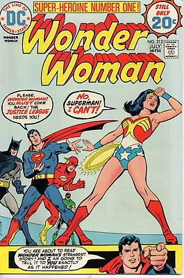 "48696 DC Comics 20c July 1974 ""Wonder Woman"" no 212 with Justice League VF+ 8.5"