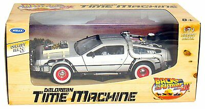 Welly Back to the Future Part 3 DMC DeLorean Time Machine 1:24 Die Cast Metal
