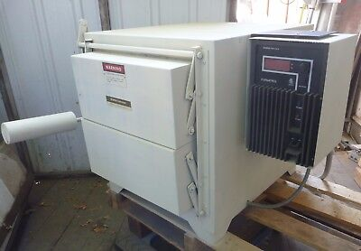 Thermolyne Corporation Muffle Furnace - Kiln - Heat Treating Oven  Fa1740