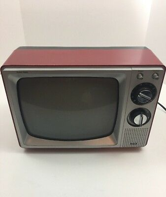 "VINTAGE 1982 Black White RCA Solid State Television TV 11"" Rare Red Tested Works"