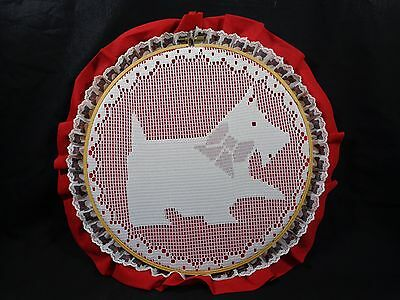 """Scottie Dog Wall Hanging Hoop Darning Lace 14"""" Scotty Scottish Terrier Red White"""
