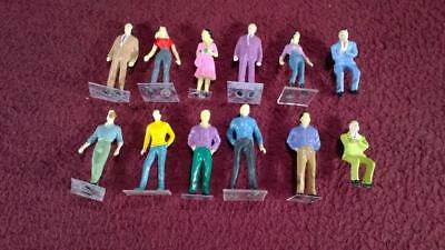 #2 O Scale Lot Of 12 Painted People Figures - Male - Female - Standing - Sitting