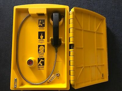 GTE Yellow Emergency Telephone Call Box Outdoor Highway Handset Phone Enclosure