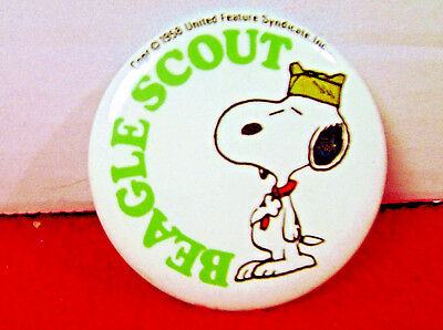 Snoopy  PINBACK BUTTON  BEAGLE SCOUT  Snoopy in Boy Scout Outfit  1980's