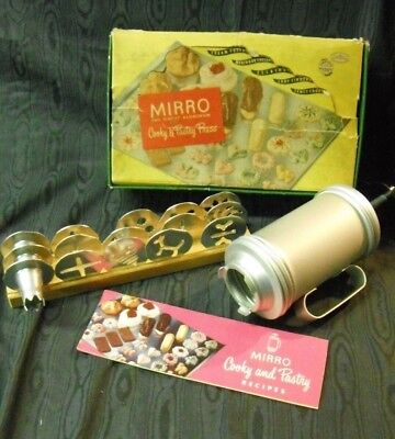 Mirro Cookie Press Cooky & Pastry 12 Disc 3 Tips Wood Tray Reciple Booklet Box