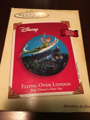 Hallmark Keepsake Ornament Peter Pan Flying Over London 2003