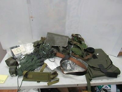US Army Lot Surplus Vietnam And Post Vietnam WWII Era Mixed Lot A111K