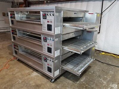 Middleby Marshall PS570 Triple Stack N.G. Pizza Conveyor Ovens....Video Demo