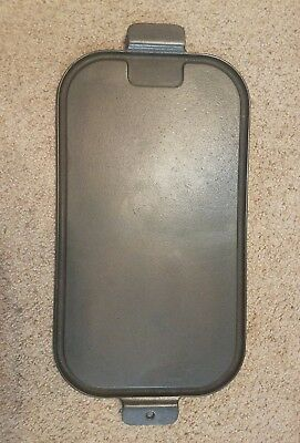 VINTAGE WAGNER WARE Sydney -O-  Cast Iron Griddle Utility Grill 1148 A