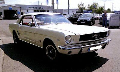US Car Oldtimer 1966 Mustang 289 c