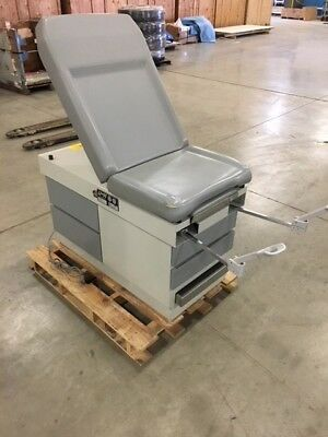 Exam Table - Good Used Condition - Durable Product - UMF Product - Very Clean