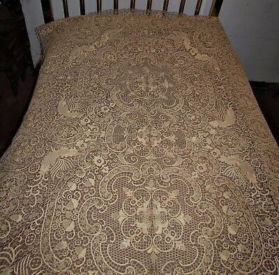antique vtg venetian? lace tablecloth bedspread strawberries roosters flowers &+