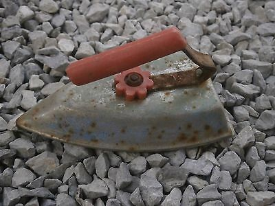 Antique Vintage Tin Toy Iron Sadiron