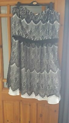 Stunning Prom / Cocktail Dress Size 22/24
