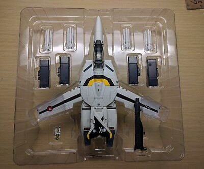 Yamato VF-1S Roy Focker variable fighter 1/48 scale