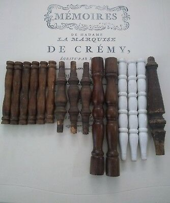 Lot of 15 Antique and Vintage Wooden Salvaged Chair Furniture Spindles