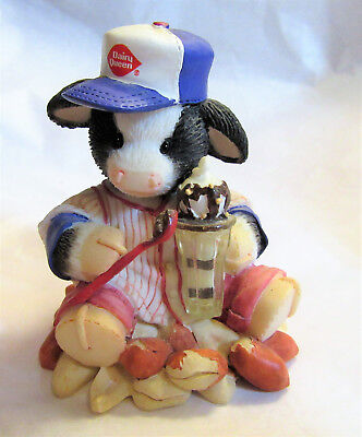 Mary's Moo Moos Dairy Queen ~ I'm Nuts About You ~ Figurine