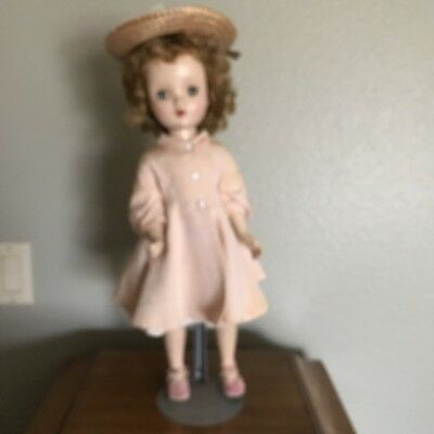 MADAME ALEXANDER VINTAGE CISSY FACE MINT BINNIE WALKER Doll