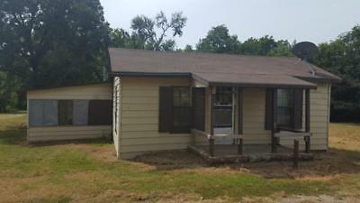 Rural Farmhouse on 1 acre;  Great Location - Easy Access to Interstate & City!
