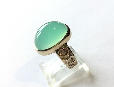 Stunning CHRYSOPRASE ring, Pale Green. Size7 1/2 Heavy Gold band. Crafted in USA