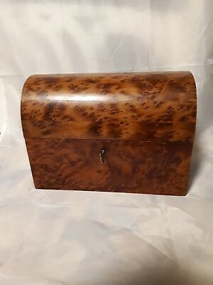lovely vintage wooden box with key lockable