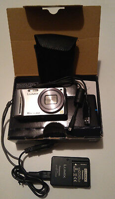 Panasonic LUMIX DMC-TZ 22 - 14,1 MP Digitalkamera - Silber - Leica-Obj. - GPS