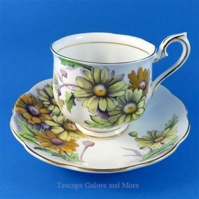 Royal Albert Painted Flower of The Month Daisy #4 Tea Cup and Saucer