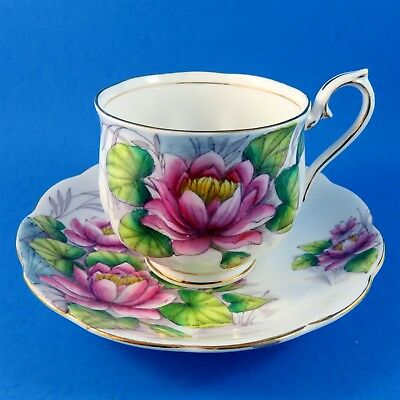 Royal Albert Painted Flower of The Month Water Lily #7 Tea Cup and Saucer