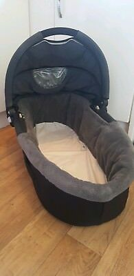 Quinny buzz dreami carrycot Carry Cot Black/grey COLLECTION ONLY