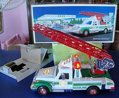 1994 Hess Rescue Truck With Siren,horn & Back-Up Alert