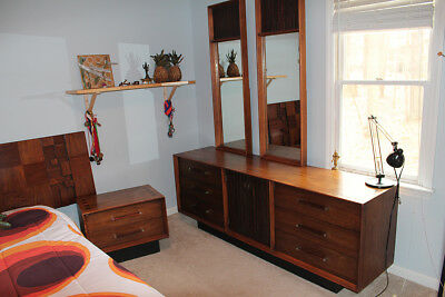 Mid Century Modern Bedroom Set By Lane Altavista Dresser, 2 Mirrors,  Nightstand