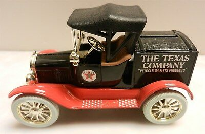 Texaco Gas Oil 1918 Truck Runabout Bank Ertl USA