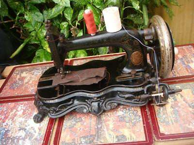 Antique Vintage 19th century Junker & Ruh Fiddle Base Hand Crank Sewing Machine