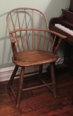 Sack back Windsor Chair - prob. New England, c.1790