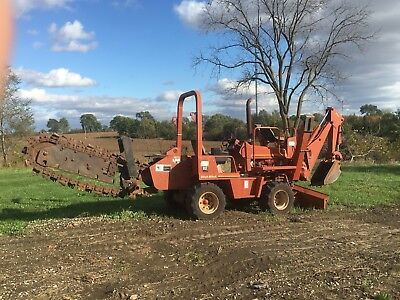 DITCH WITCH 5020 TRENCHER, w TRIPLE AXLE TRAILER OR SELL SEPARATE