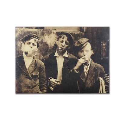 Retro Poster Kraft Paper Antique Wall Decor Nostalgic News Boy Old Collection