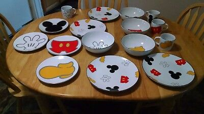 16 Pieces Disney Mickey Mouse Body Parts Dinnerware Set 4 Place Settings & 16 PIECES Disney Mickey Mouse Body Parts Dinnerware Set 4 Place ...