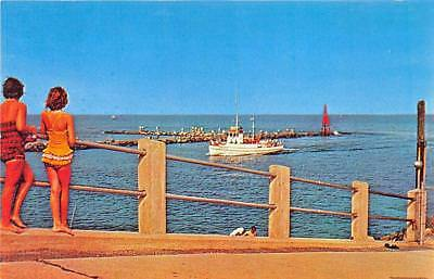 Avon by the sea new jersey sylvan hotel street view antique postcard avon by the sea and belmar nj fishing boat shark river inlet postcard sciox Images