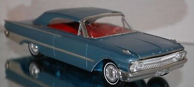 1961 Ford Galaxie Sunliner Built Model Kit 1 25 Scale PARTS CAR SC 57G