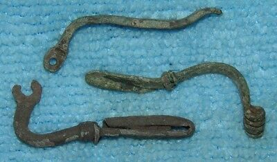LOT OF 3 ANCIENT ROMAN BRONZE FIBULA BROOCH PARTS 1- 3rd CENTURY AD Ref.4