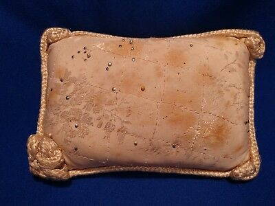 VTG Antique SAWDUST FILLED PIN CUSHION JACQUARD FLORAL SATIN FABRIC BRAID 5x3.5""