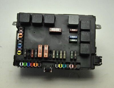 07-09 MERCEDES W221 S550 W216 Cl550 Trunk Fuse Relay Box ... on