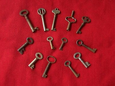 Lot Of Vintage Antique Furniture Lock Keys Clock Case Cabinet Box Case - COLLECTION OF 130 Small Antique Lock Keys Job Lot Furniture Drawers