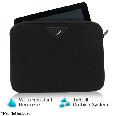 Targus A7 Slipcase Designed to Protect 10.2 Netbooks TSS109US (Black)