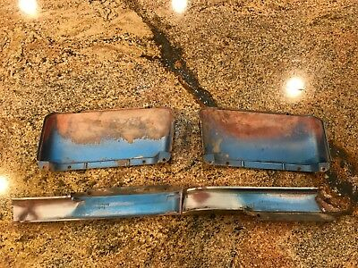 1970 Dodge Coronet R/T Super Bee hood scoops scoop power bulge rear scoop drain